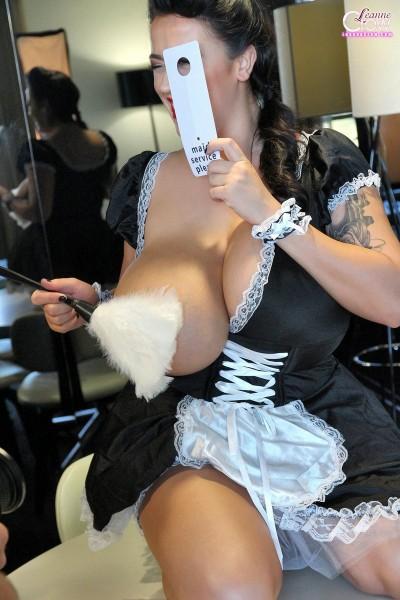 Le plumeau sur le téton